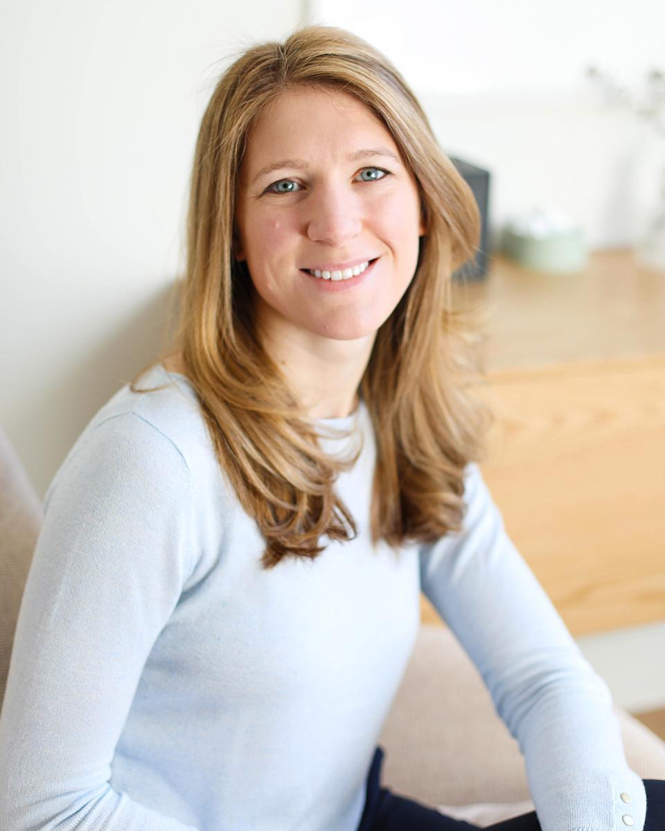 Elizabeth Adler profile picture