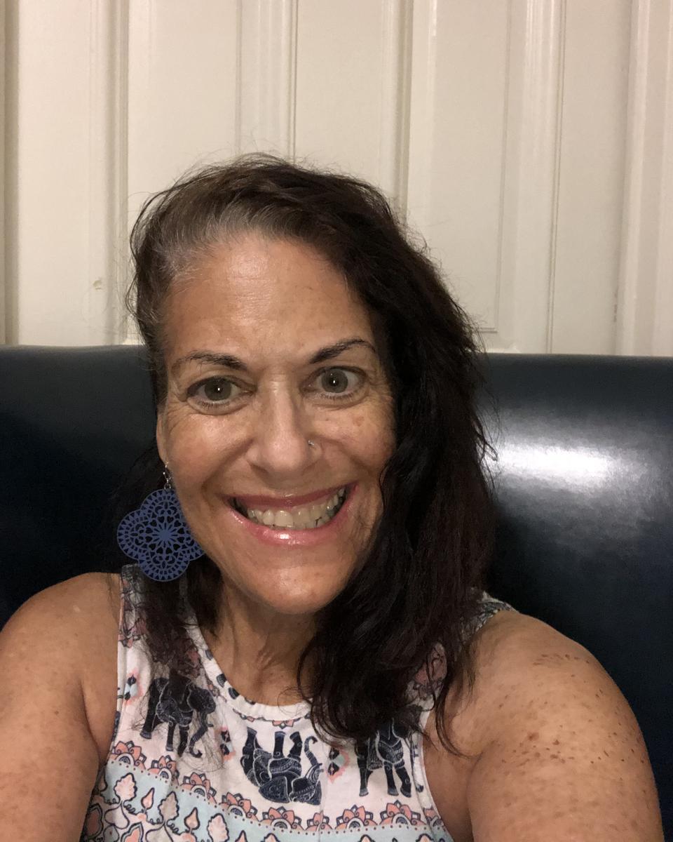 Deborah Alter profile picture