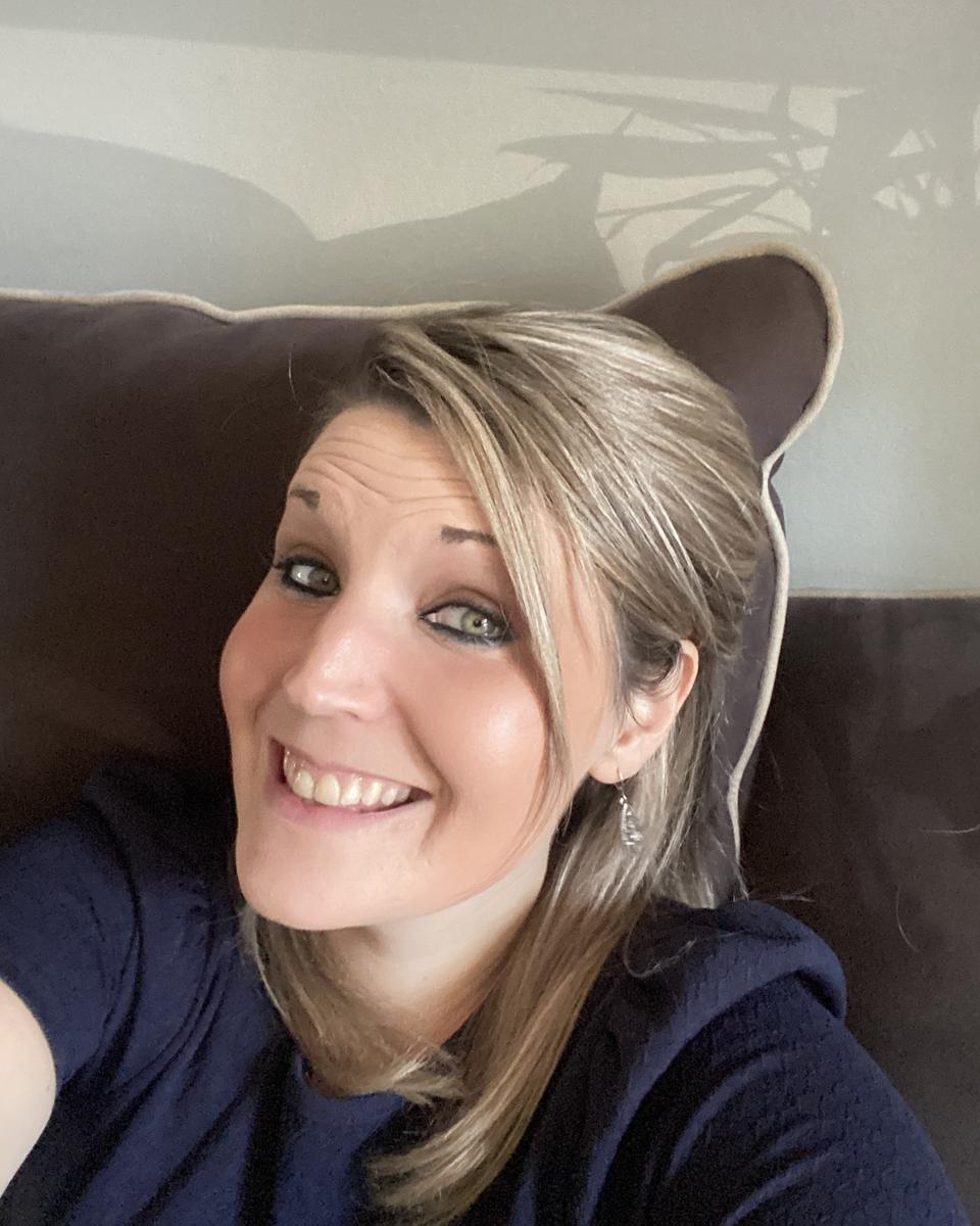 Cait Cassidy profile picture