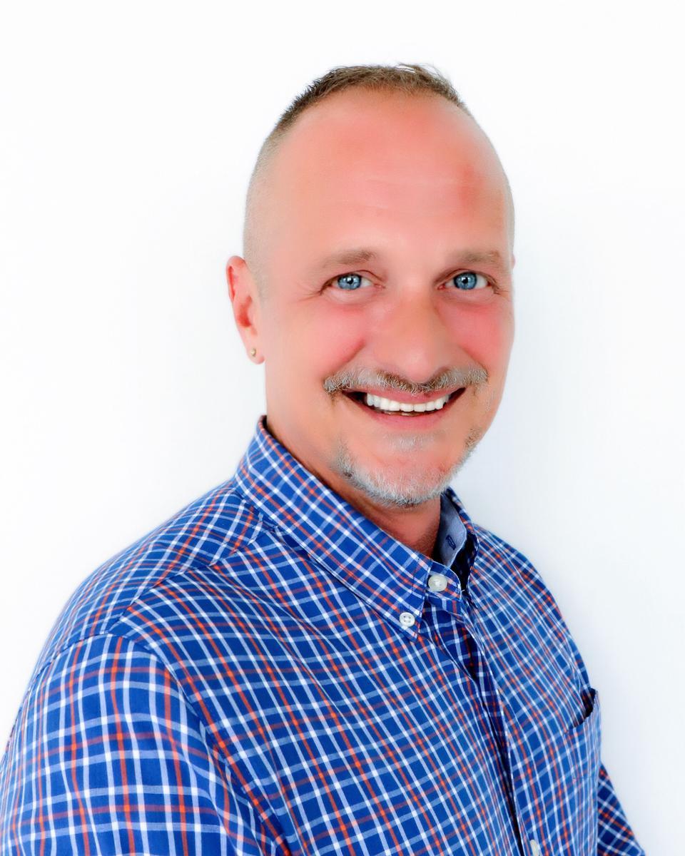 Dennis Cochran profile picture