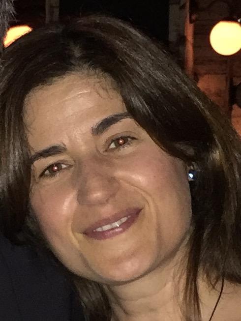 Elena Coronges profile picture