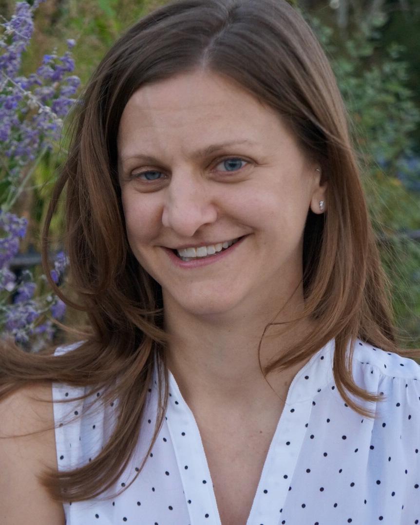 Elizabeth Gromosaik profile picture