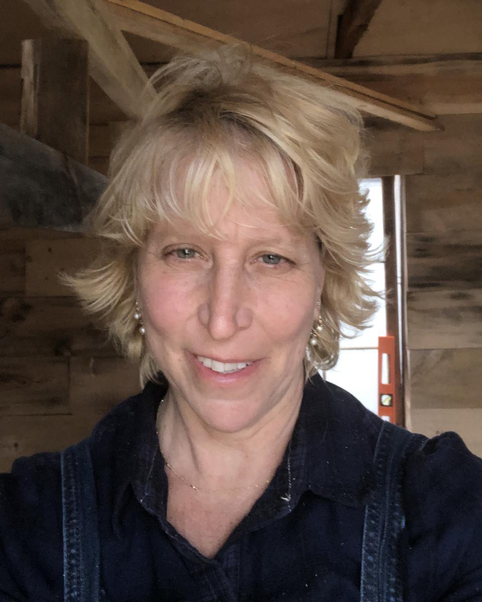 Elizabeth Hughes profile picture
