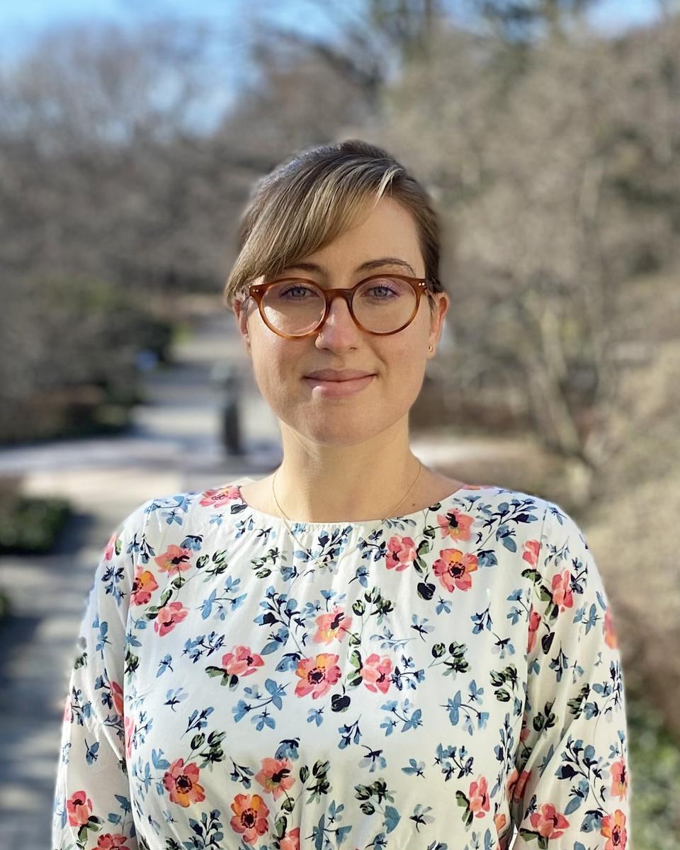 Cassandra Thacker profile picture