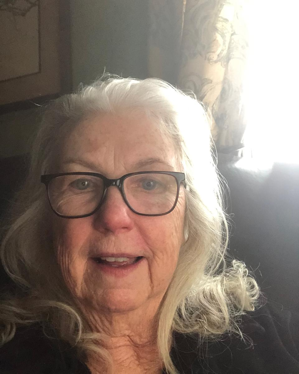 Elaine Walker profile picture